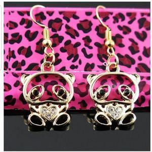 Jewelry - Betsy Johnson Inspired Earrings.